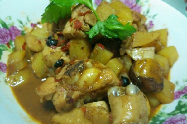 #大喜大牛肉粉试用#香锅鸡的做法