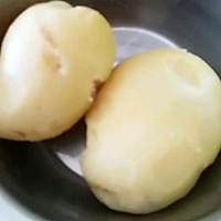 土豆虾球的做法图解2