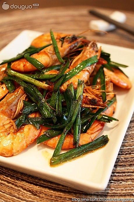 韭菜香爆海白虾的做法