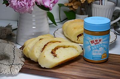 花生酱坚果面包