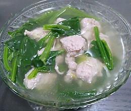 猪肉丸子菠菜汤的做法