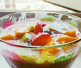 夏日圣品西米酸奶水果捞的做法