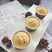 香蕉牛奶麦芬-差杯咖啡的早餐#夏日时光#