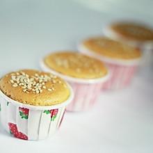 小纸杯蜂蜜蛋糕