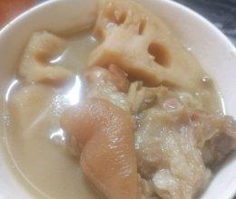 清煲绿豆莲藕猪手的做法
