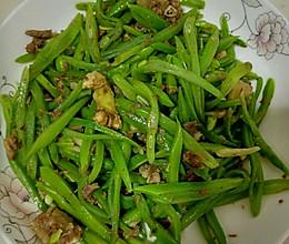 刀豆炒肉沫的做法