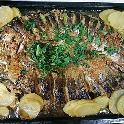 家常菜-蒜香烤鱼