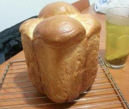 酸奶面包(面包机版)的做法