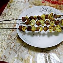 烤蒜瓣猪肉串