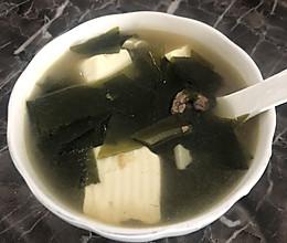牛肉豆腐裙带菜汤的做法
