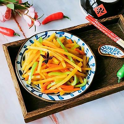 素炒土豆青椒胡萝卜