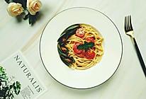 #春季减肥,边吃边瘦#青口茄汁意面的做法