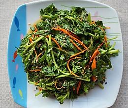 炎炎夏日的爽口小菜~凉拌茼蒿的做法