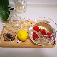草莓桂花茶的做法图解1
