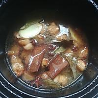 砂锅版鹌鹑蛋红烧肉的做法图解5