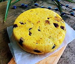 #憋在家里吃什么#玉米红枣发糕的做法
