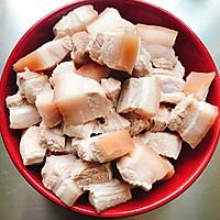 玫瑰腐乳红烧肉的做法图解1