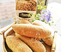 只加水就能做出美味的谷物面包#Niamh一步搞定懒人面包#的做法