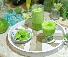 #精品菜谱挑战赛#清新解腻的翠瓜雪梨汁的做法
