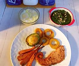 #合理膳食 营养健康进家庭#不重样早餐~三文鱼配蓑衣黄瓜的做法