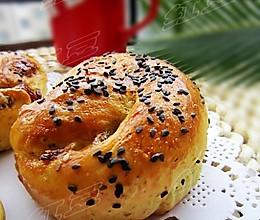 西兰花香肠面包的做法