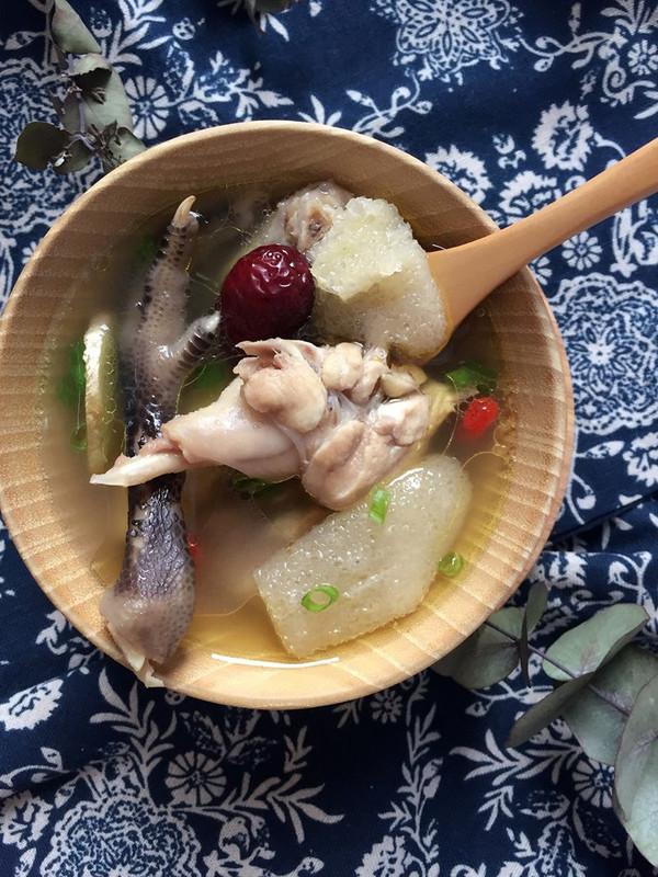 竹荪母鸡汤