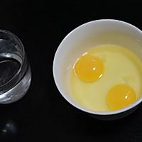 老少皆宜的补钙小能手,嫩滑如布丁一样的鸡蛋羹,宝宝每天吵着要的做法图解1
