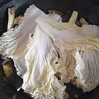 东北农家铁锅炖鱼的做法图解12