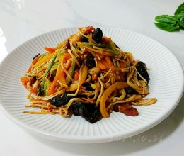 蒜辣菌菇什锦菜的做法