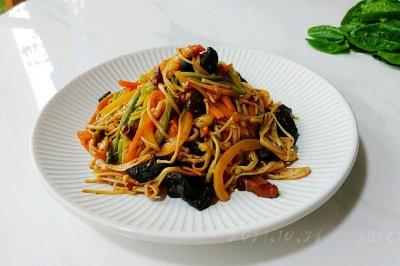 蒜辣菌菇什锦菜