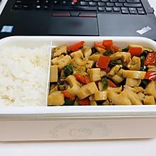 复工午餐便当-酸辣藕丁