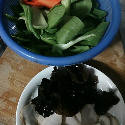年夜饭必备——炒青菜的做法 步骤1