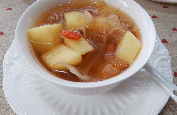 苹果银耳甜汤