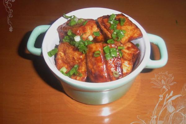 叉烧豆腐泡的做法