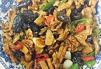 尖椒炒肉的做法
