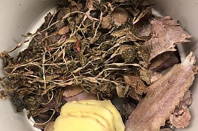 金线莲鸭汤