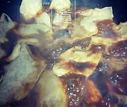地锅鸡锅贴的做法