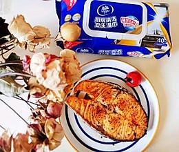香煎三文鱼#厨房有维达洁净超省心#的做法