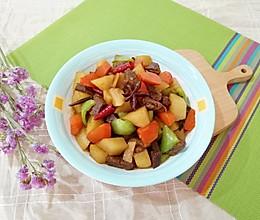 #《风味人间》美食复刻大挑战#土豆烧牛肉的做法