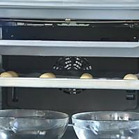 面包房里最受欢迎的毛毛虫面包#相约MOF#的做法图解9