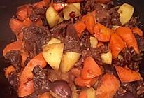 红烧土豆胡萝卜牛腩的做法