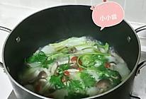 淘米水煮大白菜蟹味菇汤的做法