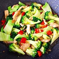 #快手又营养,我家的冬日必备菜品#西兰花溜鸡肉条的做法图解14
