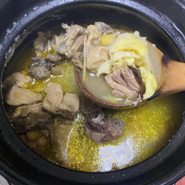 榴莲肉煲土鸡汤(滋补养生)极简版的做法