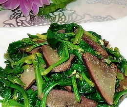 菠菜拌猪肝的做法