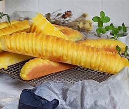 一看就会,简单易做的毛毛虫面包#换着花样吃早餐#的做法