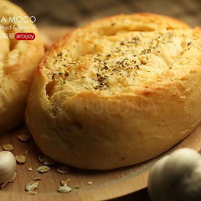 咸香柔和-超软燕麦香蒜面包