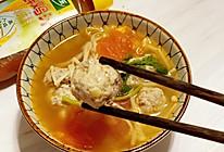 #太太乐鲜鸡汁芝麻香油#番茄鸡肉丸子汤的做法