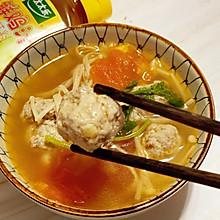 #太太乐鲜鸡汁芝麻香油#番茄鸡肉丸子汤