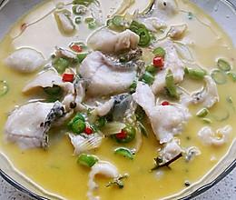 鲜椒乌鱼片的做法